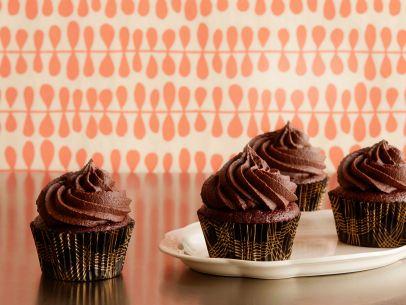 fn_cupcake-wars-double-shot-mocha-latte_s4x3-jpg-rend-sni12col-landscape